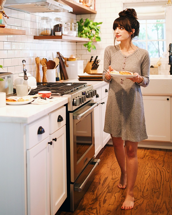 Christina in the kitchen wearing The Brushed Rib Henley Dress by Z SUPPLY in Heather Grey